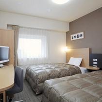 ◆ツインエコノミー◆広さ17平米◆ベッド幅123cm×2台◆小学生以下のお子様の添い寝も無料です♪