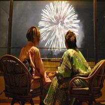 全室から目の前で花火をご覧頂けます