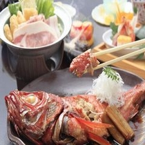金目鯛の姿煮をメインとした会席料理