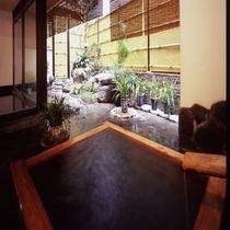 大浴場はすべて源泉掛け流し「鳥の湯」