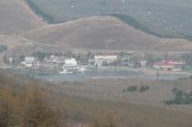 八子ヶ峰より白樺湖を眺望