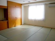 大部屋(和室12畳)