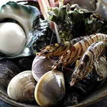 【料理一例】本場築地より仕入れる新鮮な魚介のみを使用したお料理を是非ご賞味下さい。