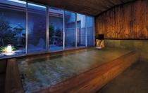 ひのき風呂夜景