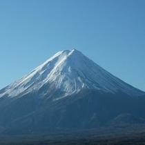 4階共有スペースからの富士山(世界遺産に登録された富士山・4Fの共有スペースからもご覧になれます)