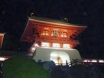 赤間神宮のライトアップ