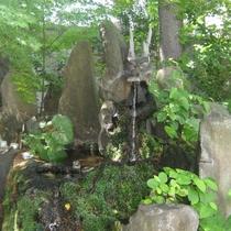 善知鳥神社 竜神の水