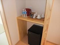 各お部屋には日本茶コーヒーをご準備