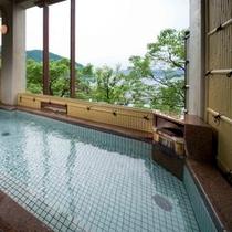 〔東館〕温泉大浴場「宮ヶ浜の湯」露天風呂
