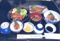 夕食例/鶏肉の和風あんかけ