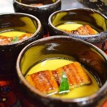鰻のスタミナ茶碗蒸し