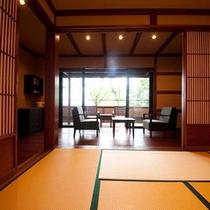 【わらびの部屋】広々とした落ち着いた和室でごゆっくりおくつろぎいただけます。