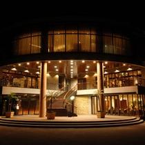 ブライダル施設も併設するオシャレで新スタイルなホテルです