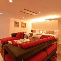 *ジュニアスイート(1401号室)/訪れるすべての人を虜にする特別感に満ちた客室。