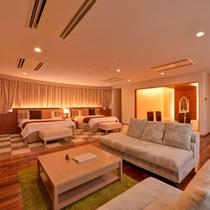 *プレミアムスイート(1301号室)/和と洋の両方の良さを兼ね備えたお部屋。