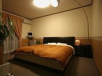 部屋102