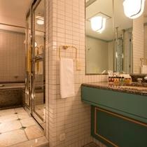 スイートルームのバスルーム※一例