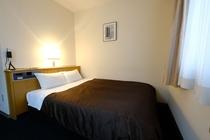 ダブルルーム type2 (室内17.0m2 ベッド140cm バスルーム1.6x2.0m)