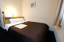 ダブルルーム standard (室内15.5m2 ベッド140cm ベッド1.4×2.0m)
