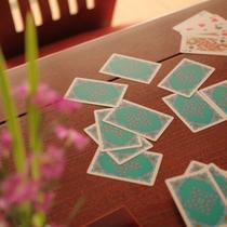トランプ・花札などのカードゲームも貸し出しいたしております。