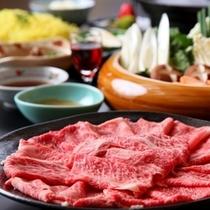 【飛騨牛しゃぶしゃぶ鍋コース】最高級ランクのもも肉を使用。絶品しゃぶしゃぶをご堪能ください。