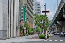 阿波座駅1号出口より