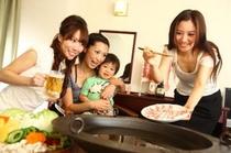 ヨォッ!日本一の鍋。鹿児島特選黒豚しゃぶ「くろくま」