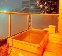 客室露天風呂冬