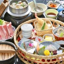 *【花かご料理一例】綺麗に盛り付けられたお食事を堪能