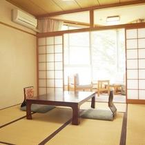 *【和室8畳】畳のお部屋で足を伸ばしてのんびり。