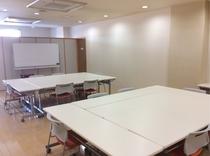 当館の会議室です。会議での利用だけでなく、展示会・販売会など、多目的にご利用頂けます。