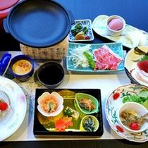 *【夕食一例(Bコース)】旬の食材を使ったお料理です。季節や仕入れによってお料理内容が変わります。