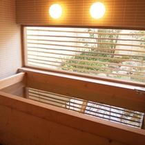 *【HOTELこころ.くらのお風呂】香りの良い檜風呂で癒されて下さい