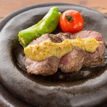 夕食ステーキ一例