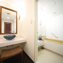 オリエンタルルーム バス・洗面台