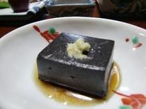 食事(ゴマ豆腐)