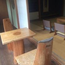 テラス 木の椅子・テーブル.