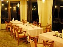 レストラン夜2