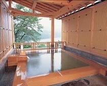 貸切風呂恵那山の昼