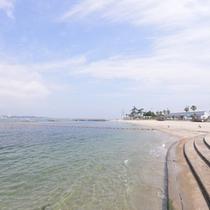 *新鮮な魚介が水揚げされる漁師の島。心地よい潮風と温かい島人が、旅人を迎えてくれます。