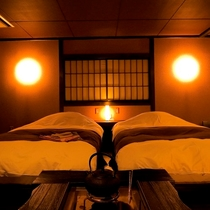 ◆囲炉裏部屋・夜正面