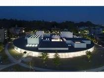 金沢21世紀美術館(ライトアップ)