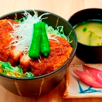 花々亭メニュー『ソースカツ丼』 750円