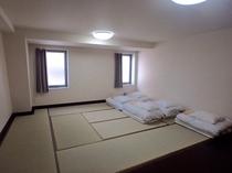 ファミリールーム(5人部屋、和室)