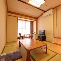 *和室6畳(客室一例)/一人旅やカップルにおすすめ!足を伸ばしてのんびりとお寛ぎいただけます。