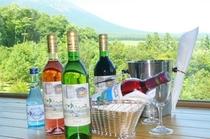 料理によく合うオリジナルラベルの県産ワイン&地酒