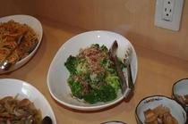 [ブロッコリーサラダ]