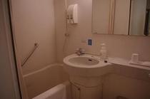 [ユニットバスルーム] 新しいホテルなので、とっても奇麗でピッカピッカ!!