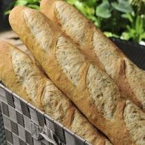 【ダイニング暖琉満菜】朝食バイキング/焼き立てパン・バゲット