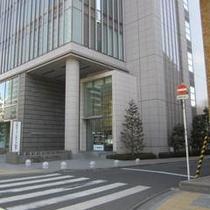 アクセス車②ホテル横の道は一方通行の為東二番町通りからは進入できません